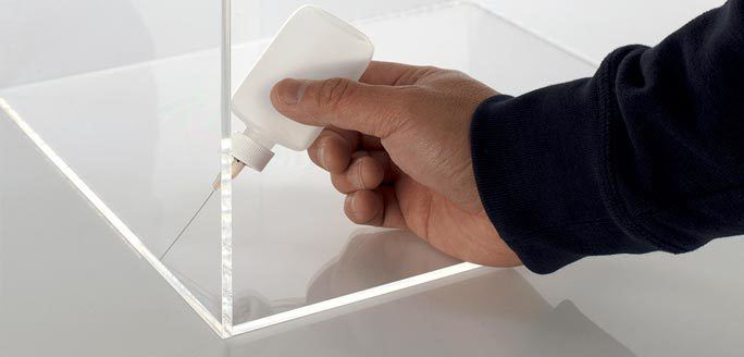 Guideline-For-Using-Acrylic-Glue
